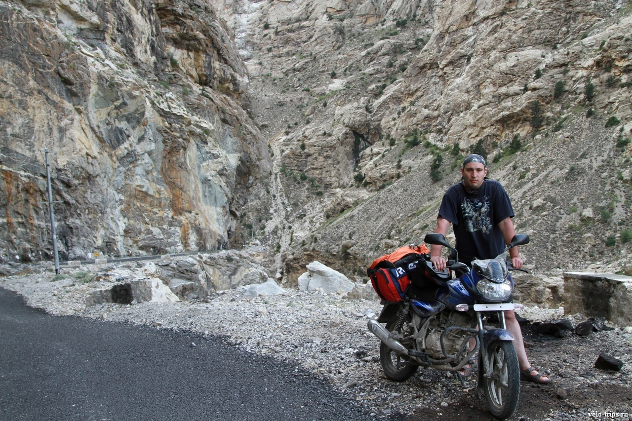 Andrey & Indian motorcycle in Himalaya mountains