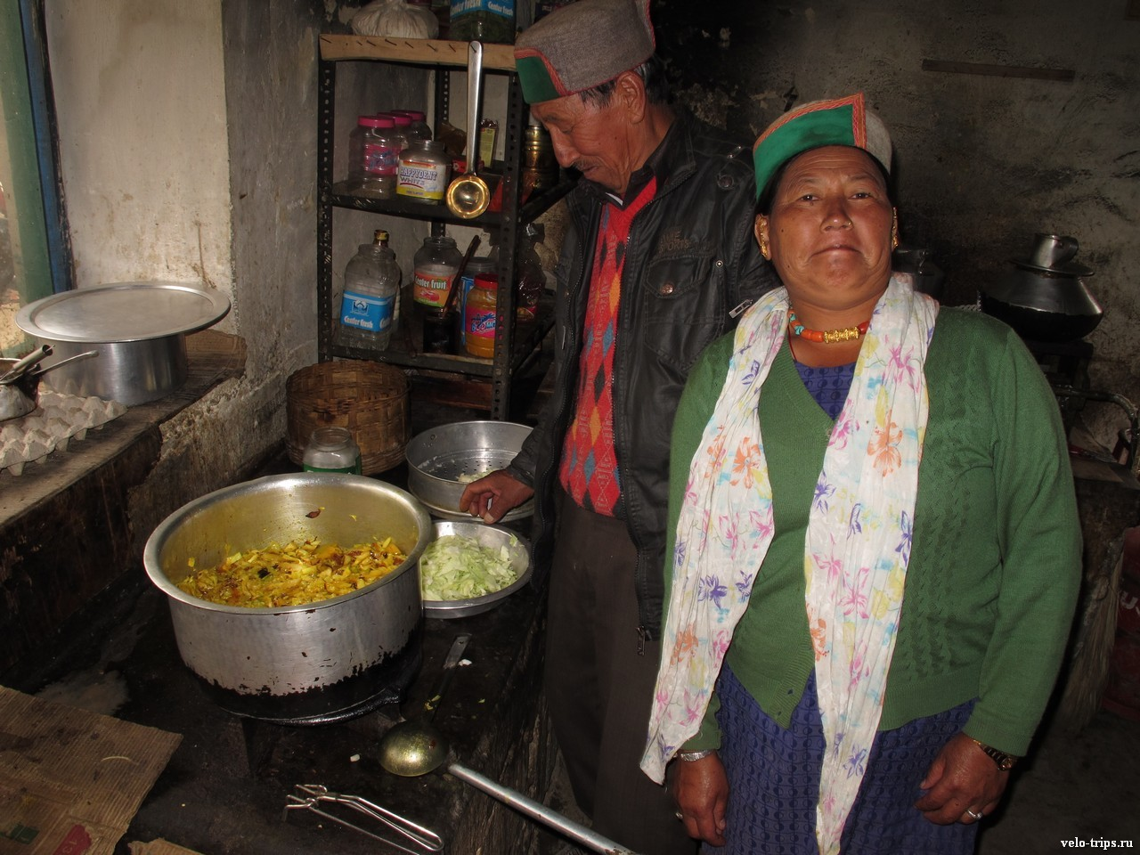 Kinnauri cafe kitchen in Himalaya mountains