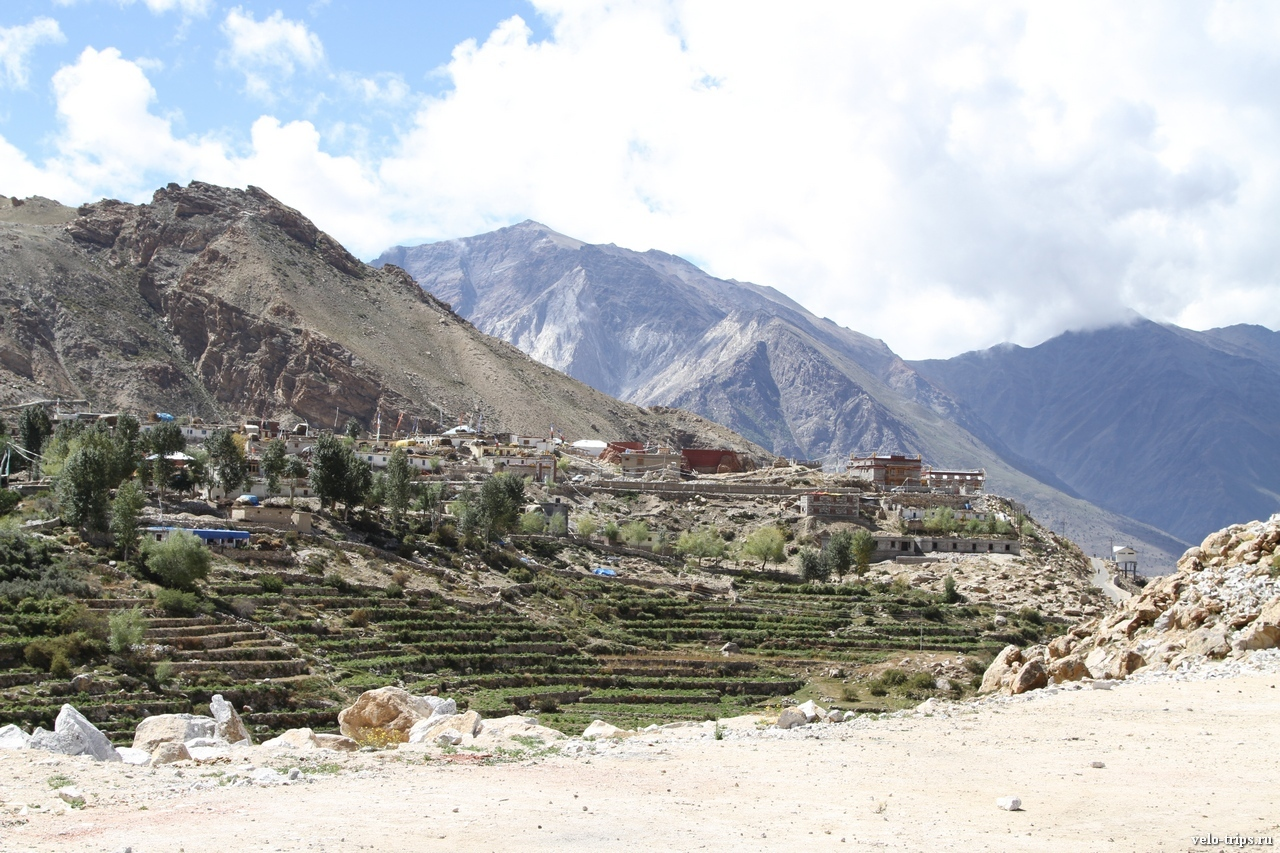 Small town on the pass from Sutlej to Spiti
