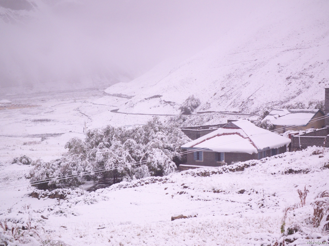 Morning view in Losar, Himalays