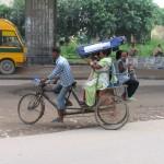 Други и недруги велосипедных экскурсий по версии индийцев.