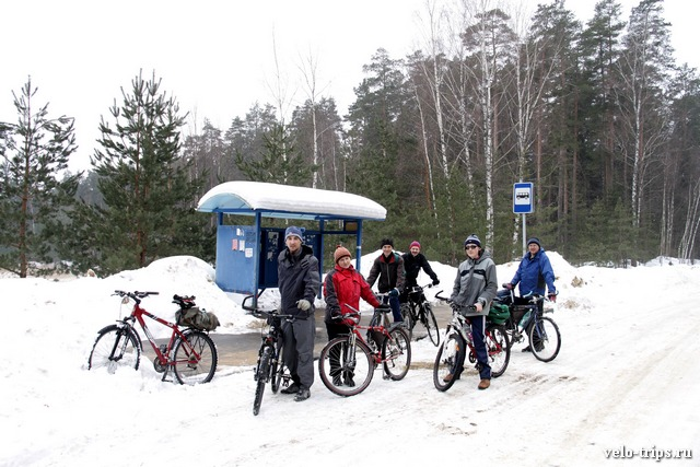 Bus stop for bicyclers near Serpuhov