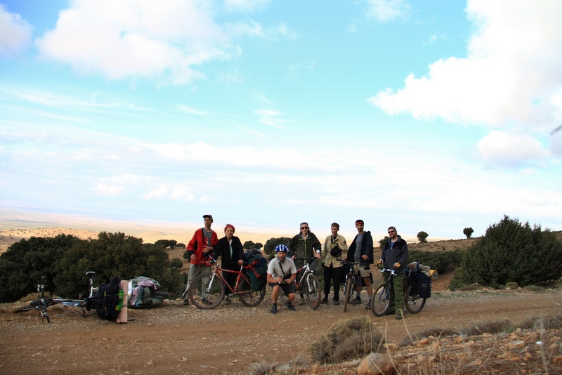 Morocco, Cirque du Jaffar. Bicycle group photo