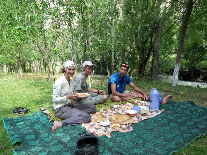 Tajikistan, Rost pass. Viands on carpets